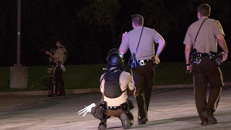 EE.UU.: Un policía dispara por error a la víctima que llamó a las emergencias