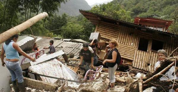 La imagen hace referencia a julio de 2011, cuando unas 40 viviendas fueron enterradas por una avalancha registrada en Valle del Cauca, Colombia