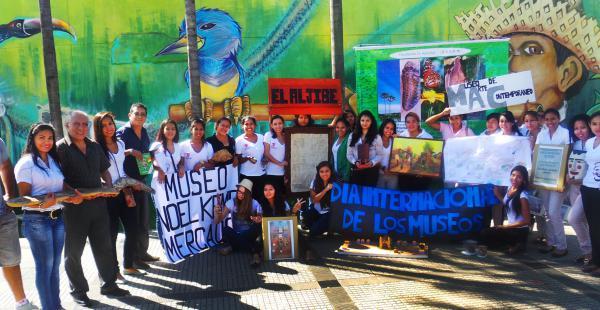 Feria de museos en la Manzana Uno organizada por la UAGRM