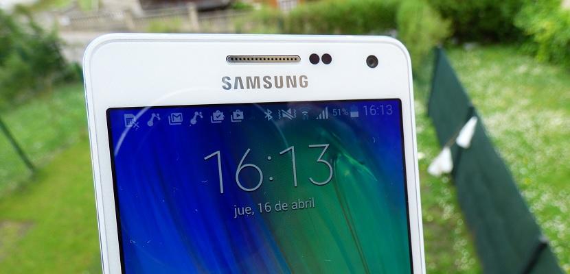 Ggalaxy A5 Samsung Galaxy A5; el diseño por bandera