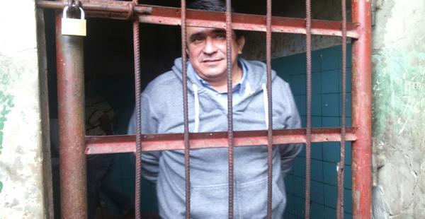 Carmelo Lens desde las celdas de la Felcc realizó una conferencia de prensa en donde explicó que continuará peleando por Beni