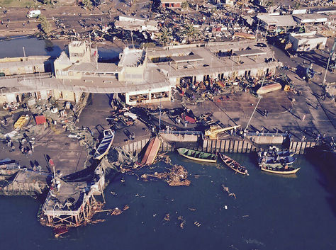 Foto aérea muestra los estragos en el puerto de Coquimbo luego del terremoto que sacudió ayer a parte del norte y centro chileno. Foto: AFP