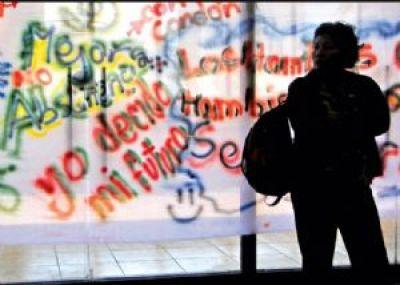 Tres de cada 10 adolescentes se embarazan cada día en Bolivia
