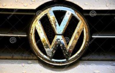 Volkswagen reconoce que vendió 11 millones de vehículos con software falso