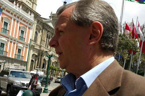 Alberto Gonzales anuncia la fecha proyectada para el referéndum de reforma constitucional. Foto: Ángel Guarachi