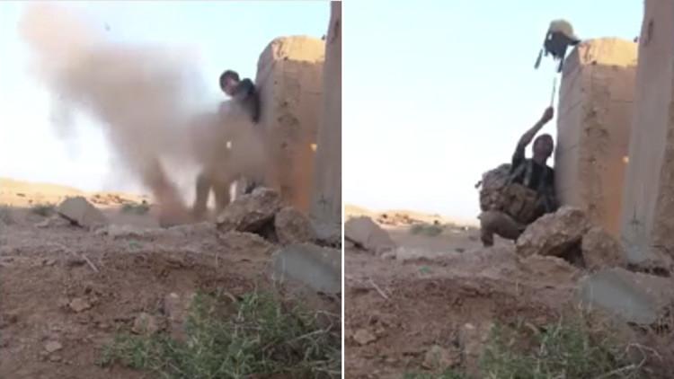 Video: Un soldado se salva desorientando a un tirador de primera del Estado Islámico