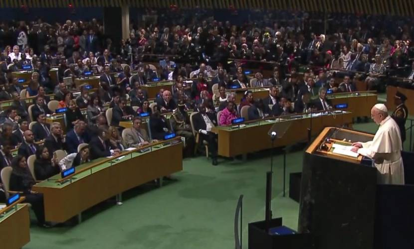 El papa Francisco llegó a la ONU para llevar su discurso a los líderes mundiales.