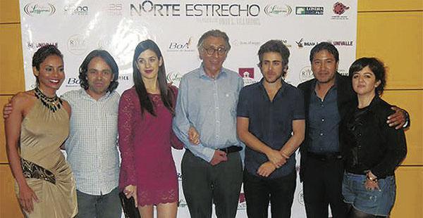 El público boliviano ovacionó la película en su noche de estreno. Llevó hasta las lágrimas