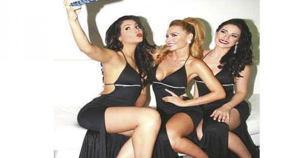 Andrea Lira, miss Venezuela Hispanoamericana 2014; Romina Rocamonje, miss Bolivia Universo 2014, y Julia Gama, miss Mundo Brasil 2014,  trabajaron en Opal. Para Andrea y Julia fue su primera feria en Santa Cruz. Romina fue muy requerida para las fotos y p