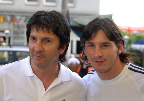 Jorge Messi y su hijo Lionel. Foto: canchallena