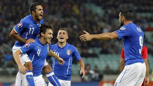 Italia festejó la clasificación de la mano de los goles de Eder, El Shaarawy  y Matteo Darmián. (EFE)