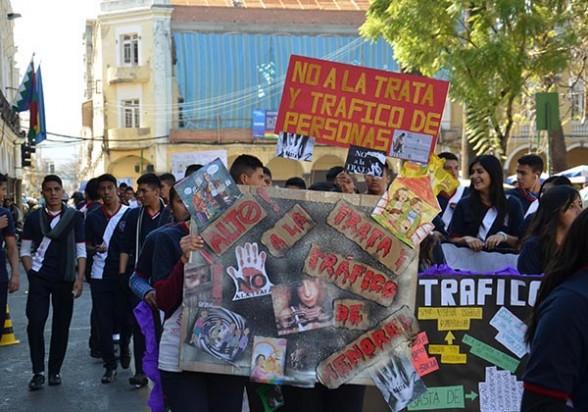 Una marcha de protesta contra la trata y tráfico. - Diego Cartagena Periodista Invitado