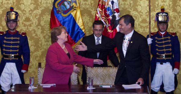 El mandatario ecuatoriano se reunión con Bachelet, tras la cita el mandatario ecuatoriano negó apoyo a demanda boliviana
