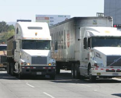 Restringen circulación de transporte pesado durante Semana Santa