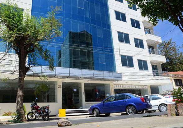 El edificio, en calle Baptista, donde JOCA alquiló una oficina para trabajar en el proyecto del tren metropolitano. - José Rocha Los Tiempos