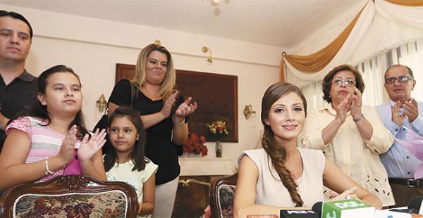 Valeria, en rueda de prensa,  dijo que coordina su agenda con la Alcaldía, su familia y el Comité de Defensa del Carnaval