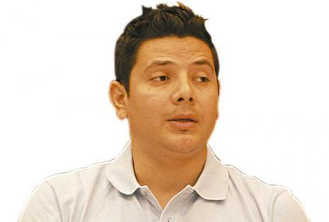 David Barja  gerente general de imagination-confección de poleras