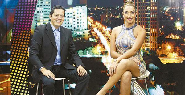 juventud y belleza en                el set desde esta noche katherine regresa a la tv