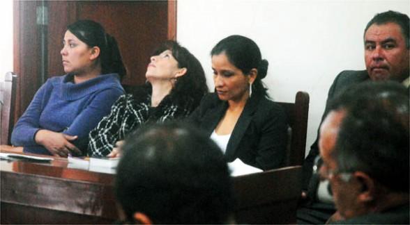 Los asistentes al juicio, ayer. - José Rocha Los Tiempos