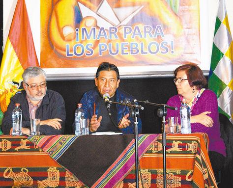 Encuentro. David Choquehuanca ofreció una conferencia en Casa Bolívar, donde habló de integración entre pueblos.