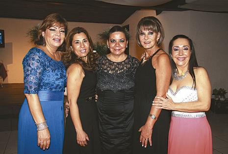 Roxana Terrazas, Claudia Mosciaro, Ema Rojas, Rosmery Gamarra y Marilín Serrate