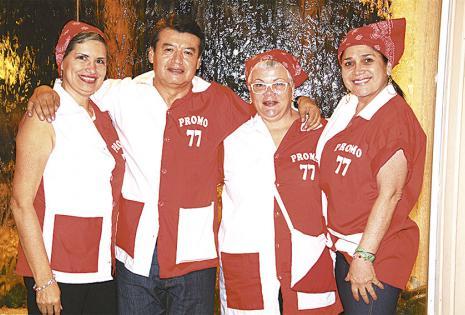 Miriam Bejarano, José Luis Guamán y Carmen Méndez