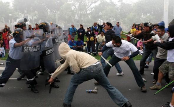 Usan a las pandillas para trata y tráfico -   Archivo La Prensa