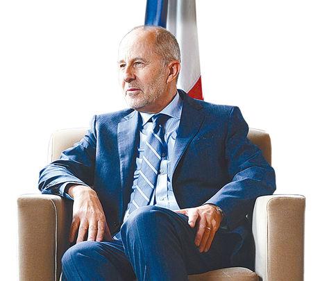 El nuevo embajador de Francia en Bolivia, Denys Wibaux.