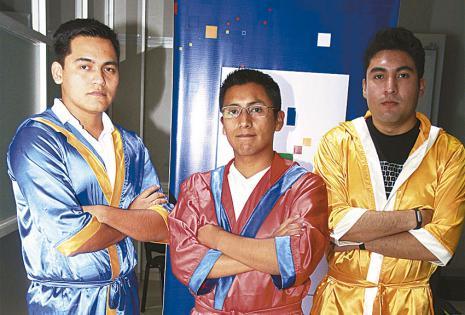 Richard Osinaga, Víctor Hugo Aguilera Cusicanqui y Óscar Luis Rojas, felices de que sus aplicaciones sean ganadoras