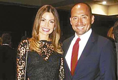 Se casan este 14 de noviembre. Llevan nueve meses de noviazgo, se conocieron por una amiga en común, cuando Paola vino de vacaciones desde EEUU, pero nunca retornó. Él es brasileño.