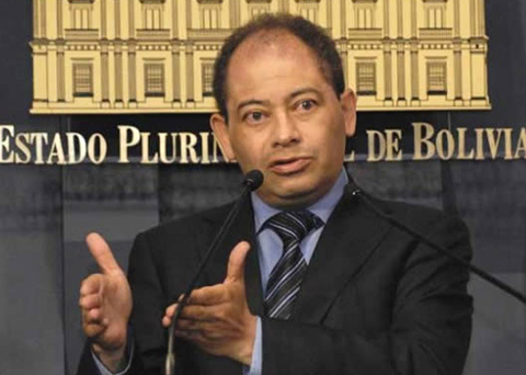 Romero-dice-que-Bachelet-ordena-ejercicios-militares-para-disimular-crisis