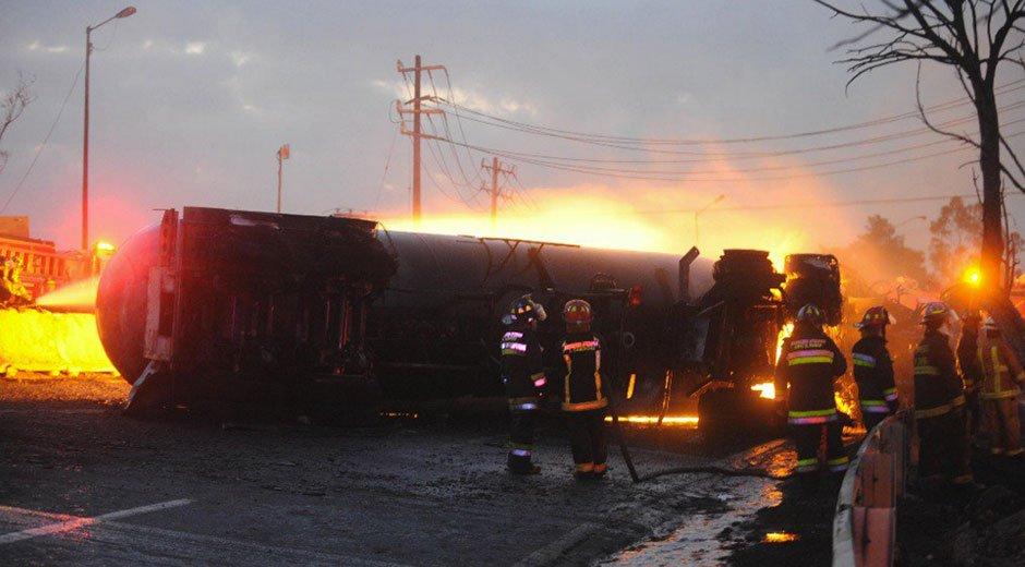 camión-cisterna-explosión