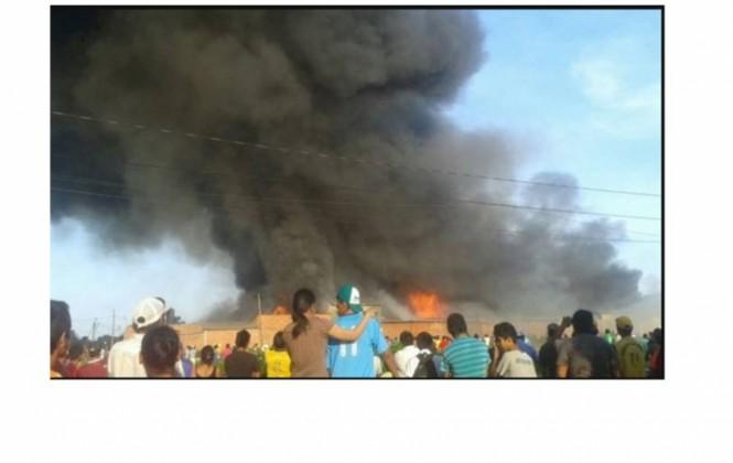 Controlan incendio que consumió el 95% del mercado Villa Corina en Trinidad