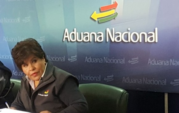 Aduana se incautó de 76 camiones de contrabando en nueve meses