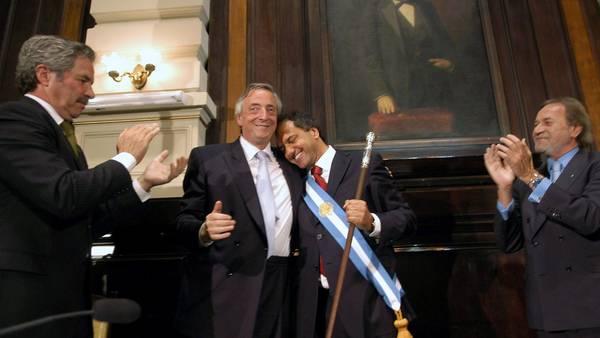 Gobernador de la Provincia. Scioli con Néstor Kirchner en La Plata. / DYN