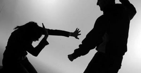 El abusador está detenido en la ciudad de La Paz por haber agredido a su esposa