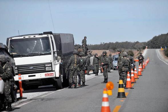 Vigilancia de tráfico en la frontera Bolivia-Brasil. -   Efe Agencia