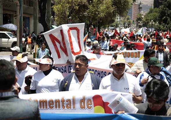 Activistas por el No hacen campaña en La Paz. -   Apg Agencia