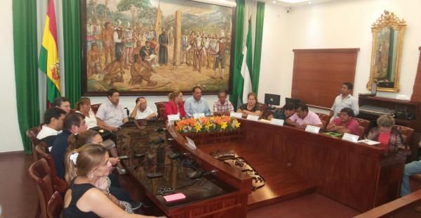 El municipio cruceño determinó crear 150 ítems nuevos para el sistema de salud