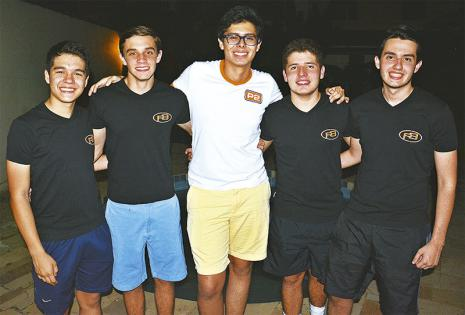 LÍDERES. Fabio Bocángel, Felipe Gasparelli, Juan Víctor Villegas (presidente), Samuel Ortiz y Kevin Schock