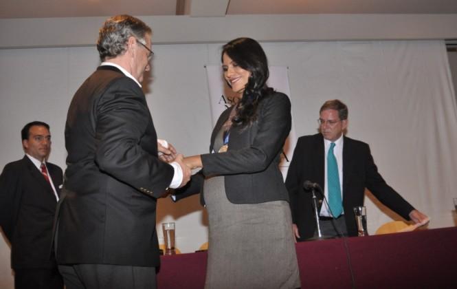 Ganadoras del Premio Nacional de Periodismo de Investigación ''Juan León'' son galardonadas
