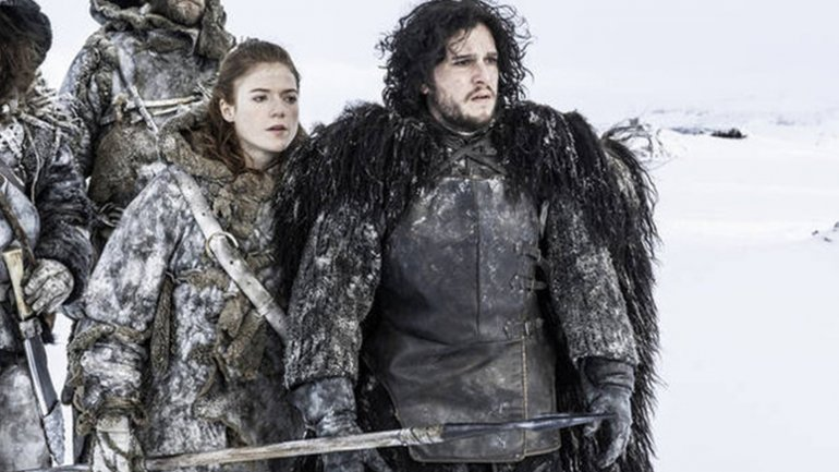 Kit Harington y Rose Leslie de Game Of Thrones fueron vistos a los besos en público