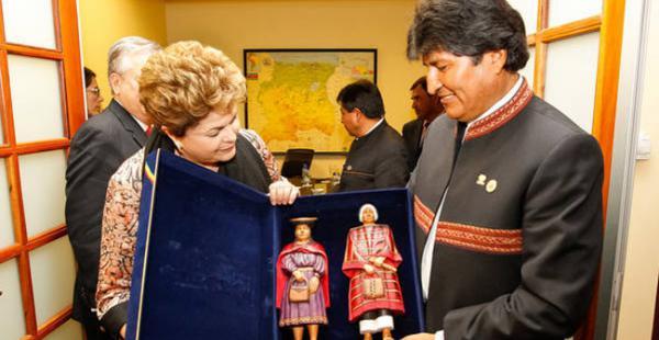 El presidente Evo Morales viajará a Brasil para reunirse este martes 2 de febrero con su homóloga Dilma Rousseff