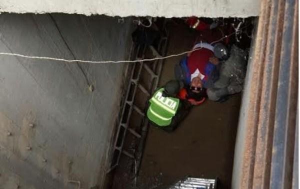 Persona ciega cae a un sótano de 10 metros de profundidad en La Paz