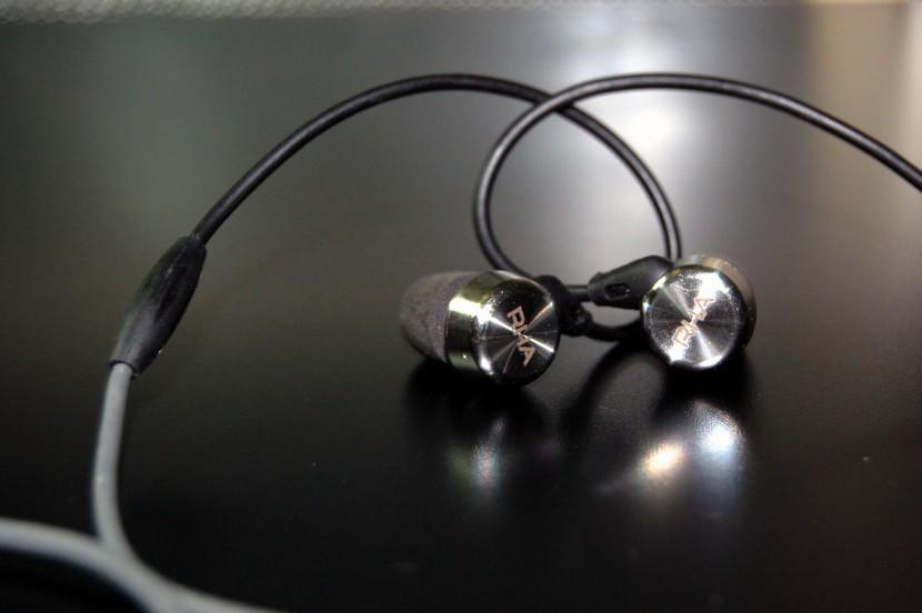 An%C3%A1lisis MA750i 3 830x552 830x552 Probamos los RHA MA750i, unos auriculares con acabados de calidad