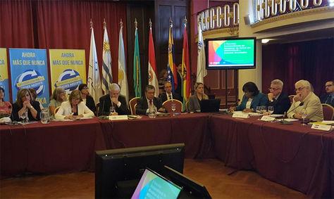 La reunión de los Ministros de Salud de las Américas en Uruguay. Foto: @opsomsuruguay