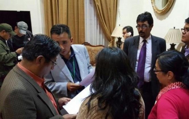 Fiscalía allana oficina del gobernador de La Paz por supuesto uso indebido de bienes