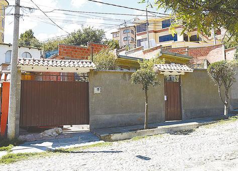 Vivienda. El frontis de la casa de 'El Killer', en la calle 39, Cota Cota.