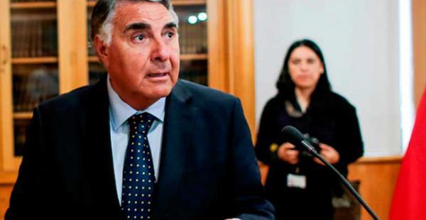 Edgardo Riveros, canciller chileno en funciones dijo que Chile no se deja llevar por un lenguaje agresivo