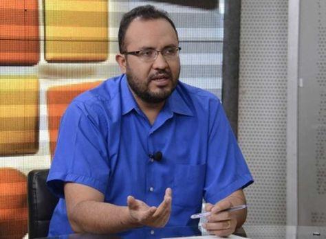 El ministro de Obras Públicas, Milton Claros. Foto: ABI